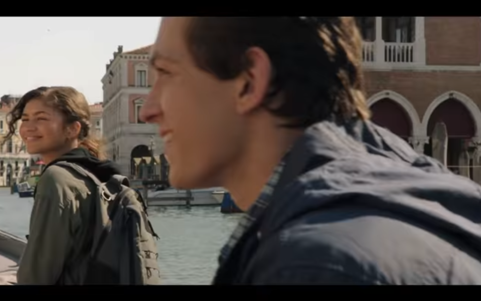 Peter (Tom Holland) and MJ (Zendaya) get closer on their class trip to Europe. (Photo: Sony/YouTube)