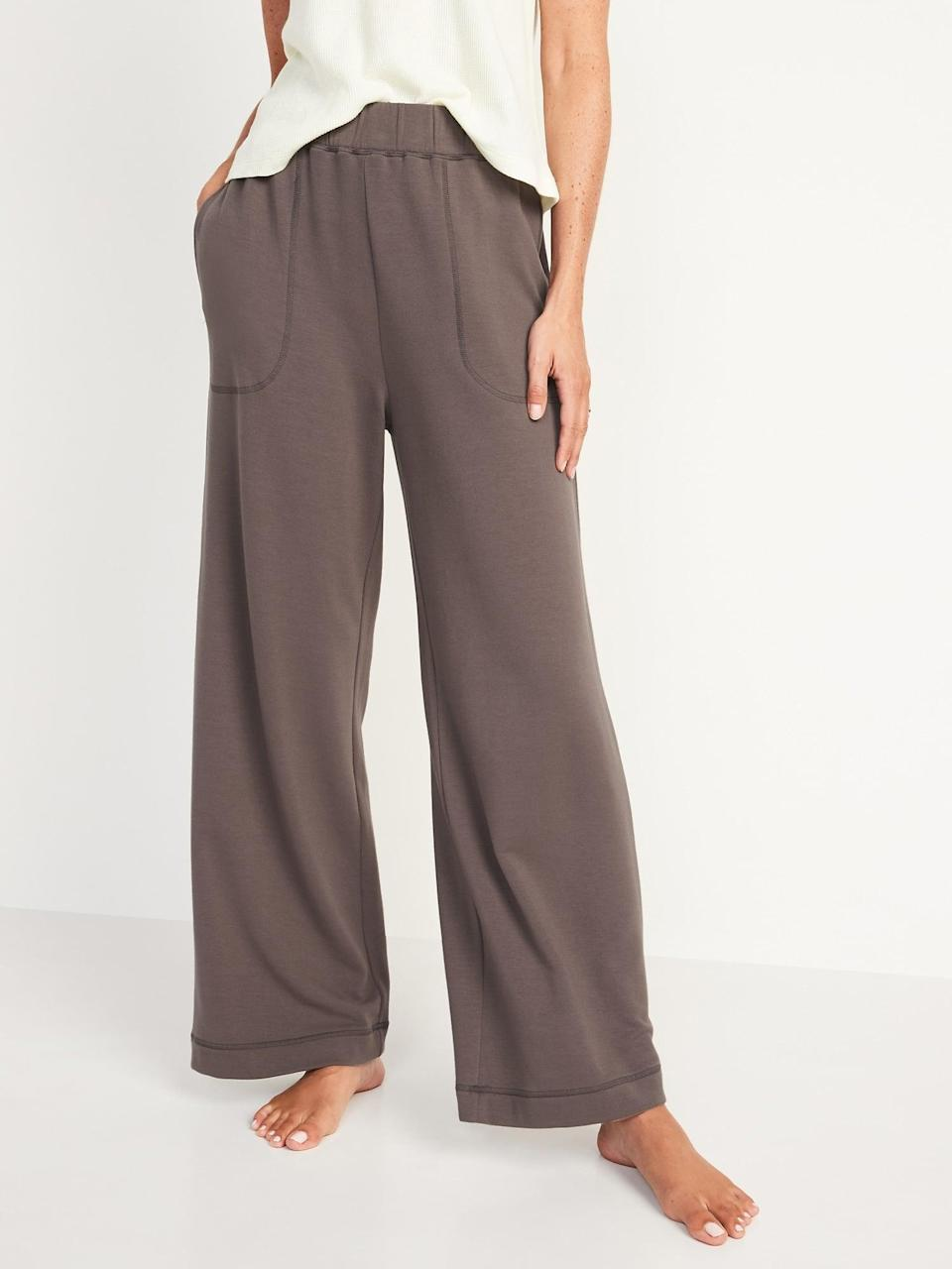 <p>Looking for the perfect pair to snuggle up in all fall long? Check out these super-soft <span>Old Navy High-Waisted Cozy-Knit Wide-Leg Pajama Pants</span> ($35) in any of seven colors from oatmeal to black. </p>