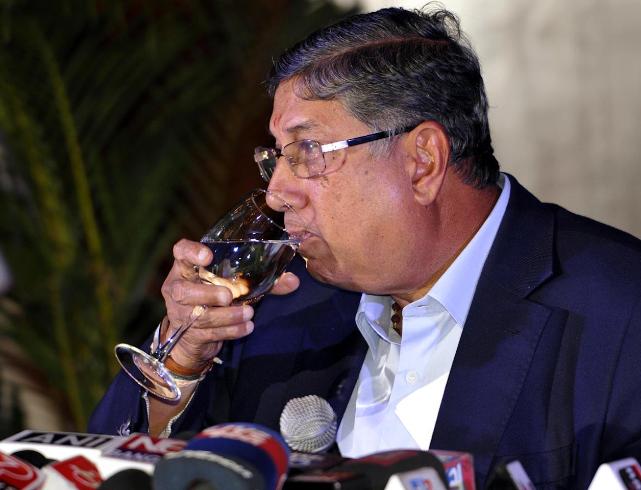 KOLKATA, INDIA - MAY 26: Board of Control of Cricket in India (BCCI) Chief, Narayanaswami Srinivasan holds a press conference at City Hotel on May 26, 2013 in Kolkata, India. The arrest of his son-in-law Meiyappan has given rise to the demands for his resignation from the post of BCCI president. (Photo by Subhankar Chakraborty/Hindustan Times via Getty Images)