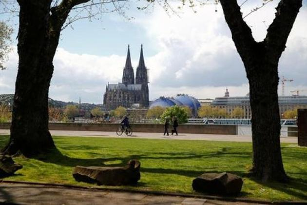 Cologne cathedral walled off in post-Barcelona security rethink
