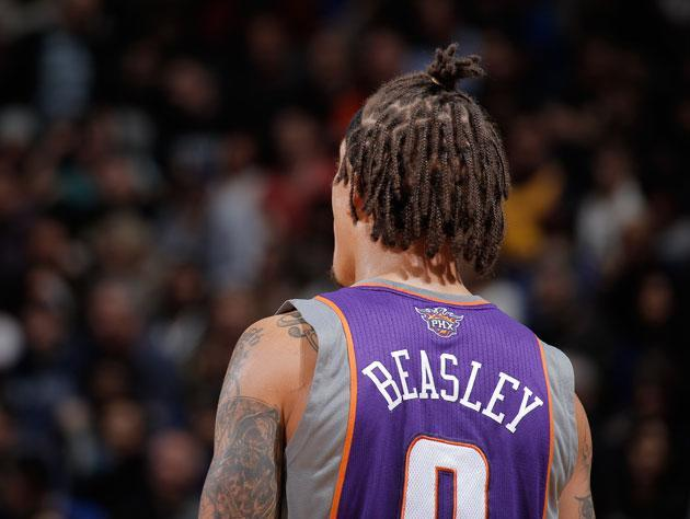 The Phoenix Suns have a Michael Beasley problem, and ignoring it is helping it go away