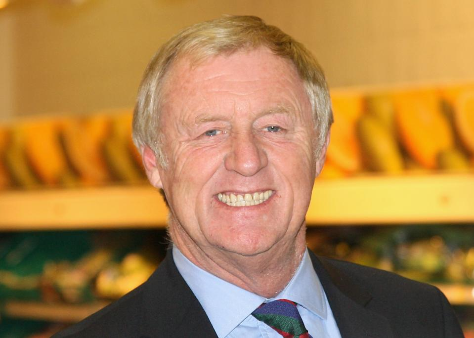 LONDON, ENGLAND - NOVEMBER 23:  TV presenter Chris Tarrant poses during the Morrisons' Charity Of The Year photocall, at Camden Morrisons on November 23, 2009 in London, England. Morrisons have chosen Cancer Research UK for their charity for 2009.  (Photo by Chris Jackson/Getty Images)