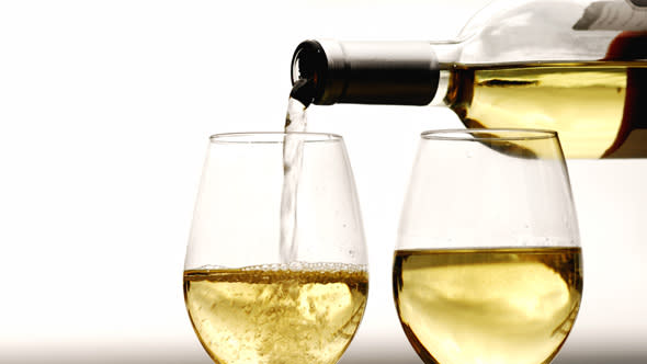 Brits opt for cheap wine