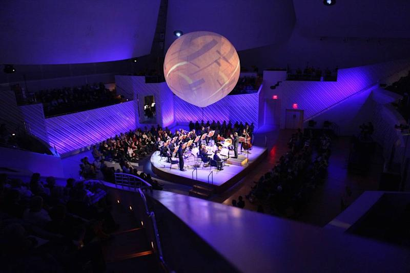 With indoor concerts off-limits, Michael Tilson Thomas will lead the New World Symphony in a special drive-in Wallcast, available only to NWS season subscribers.