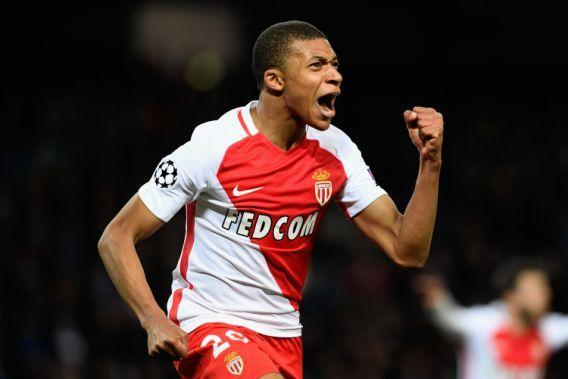 "<p><a href=""https://it.sports.yahoo.com/notizie/kylian-mbappe-il-nuovo-henry-090000281.html"" data-ylk=""slk:Kylian Mbappè;outcm:mb_qualified_link;_E:mb_qualified_link"" class=""link rapid-noclick-resp newsroom-embed-article"">Kylian Mbappè</a> è un attaccante francese di origini camerunensi che gioca nel <a href=""https://it.sports.yahoo.com/foto/monaco-il-piccolo-principe-del-slideshow-wp-084838587/"" data-ylk=""slk:Monaco;outcm:mb_qualified_link;_E:mb_qualified_link"" class=""link rapid-noclick-resp newsroom-embed-article"">Monaco</a>. (Photo by Stu Forster/Getty Images) </p>"