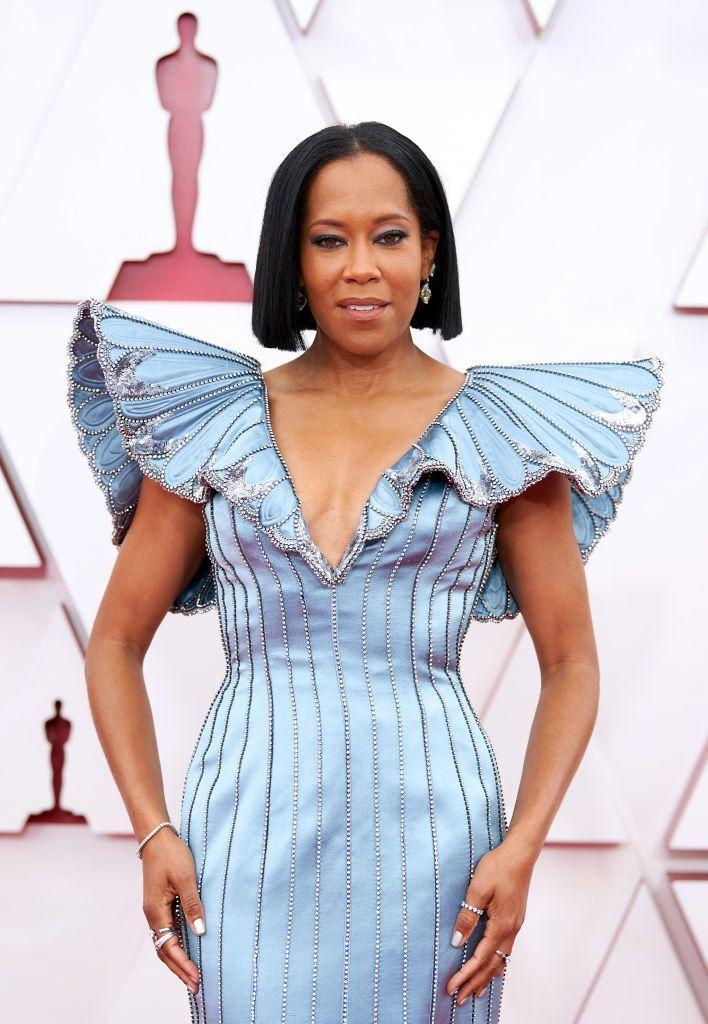 <p>King highlighted the icy-blue hue of her custom Louis Vuitton look with a matching smoky eye and neutral lip, while her hair was kept sleek in a poker-straight bob. </p>