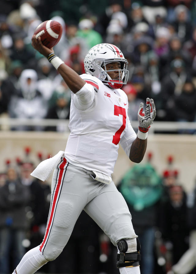 Ohio State quarterback Dwayne Haskins throws a pass against Michigan State during the first quarter of an NCAA college football game, Saturday, Nov. 10, 2018, in East Lansing, Mich. (AP Photo/Al Goldis)