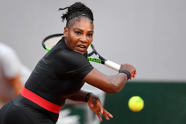 Serena Williams in action at the 2018 French Open (AFP Photo/Christophe ARCHAMBAULT)