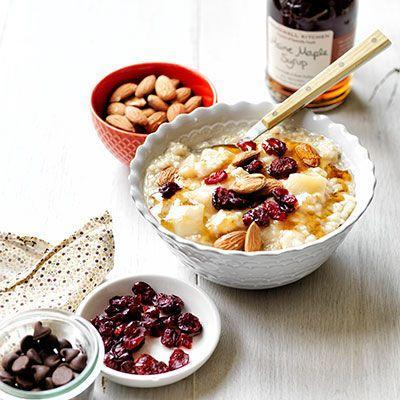 "<p>Put in a few minutes of prep the night before and you'll be set with oatmeal for the week.</p><p>Get the recipe from <a href=""/cooking/recipe-ideas/recipes/a22310/overnight-oatmeal-recipe-wdy1213/"" data-ylk=""slk:Delish"" class=""link rapid-noclick-resp"">Delish</a>.</p>"
