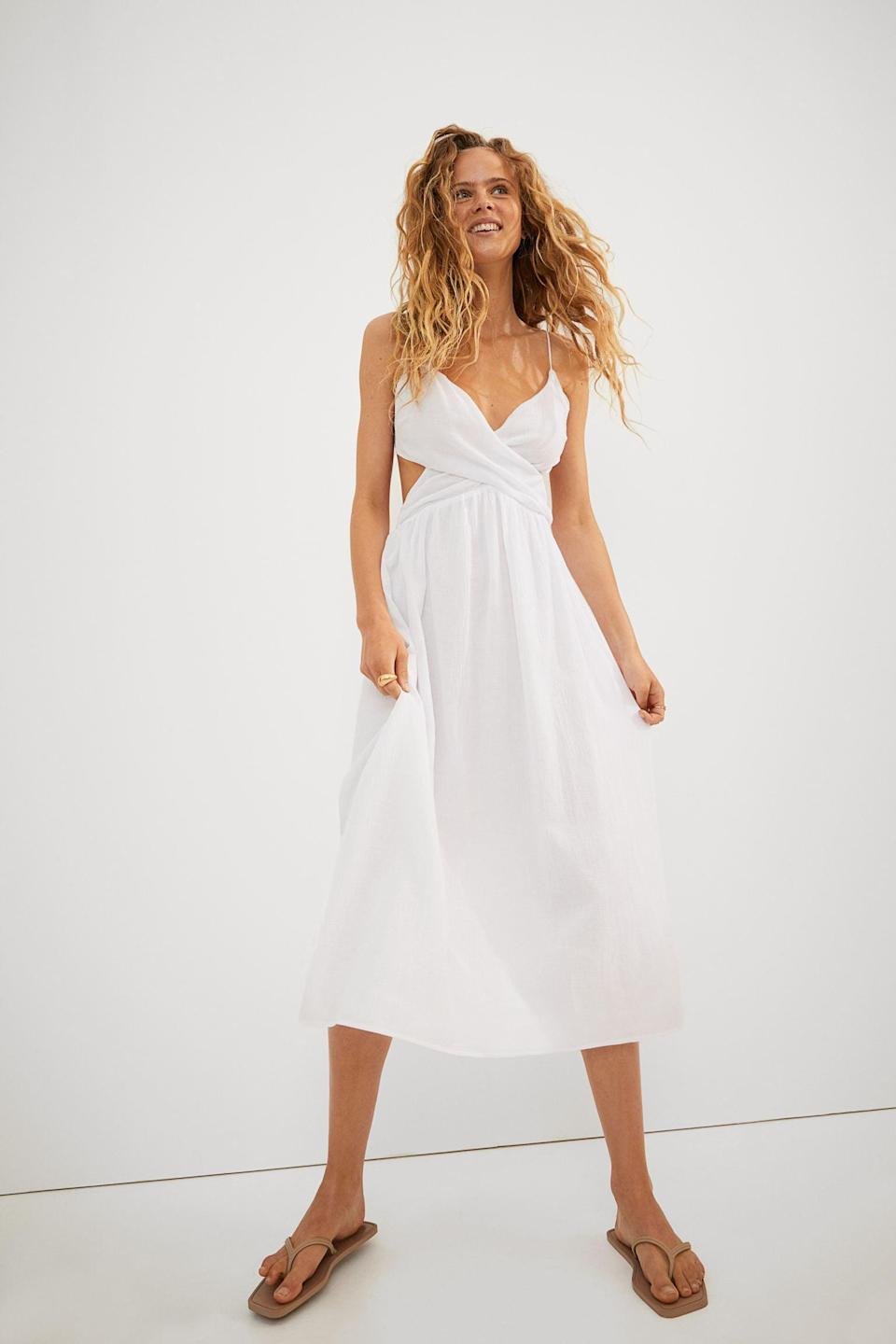 <p>Got a road trip coming up? This <span>V-neck Cotton Dress</span> ($31, originally $35) will carry you there in style.</p>