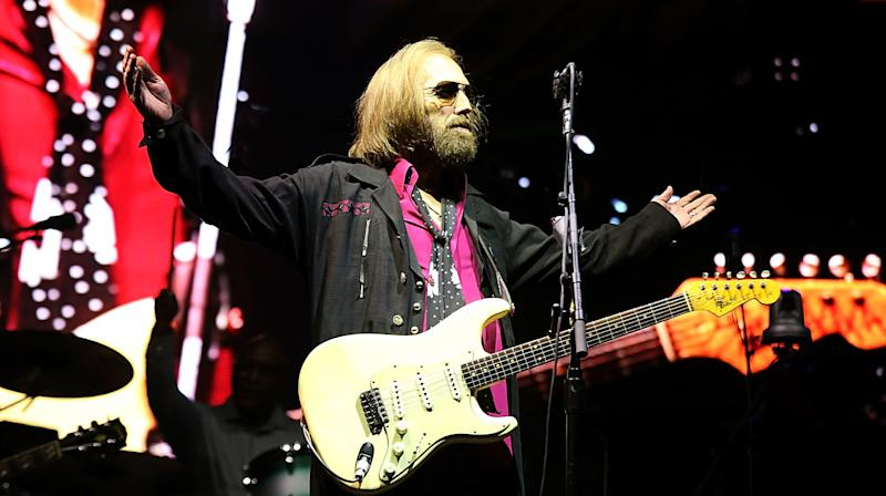 Tom Petty's Last Tour Included A Subtle Nod Of Support For Trans Rights