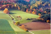 """<p>Vibrant colors abound during autumn at the <a href=""""https://fave.co/2zwAknA"""" rel=""""nofollow noopener"""" target=""""_blank"""" data-ylk=""""slk:Kellerwald-Edersee National Park in Germany."""" class=""""link rapid-noclick-resp"""">Kellerwald-Edersee National Park in Germany.</a> </p>"""