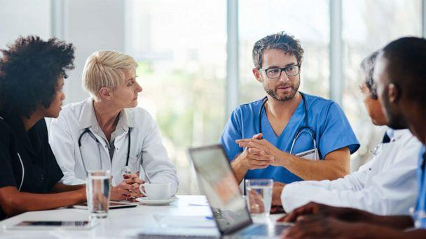 PHOTO: In this undated file photo, a team of doctors have a meeting. (Getty Images, FILE)