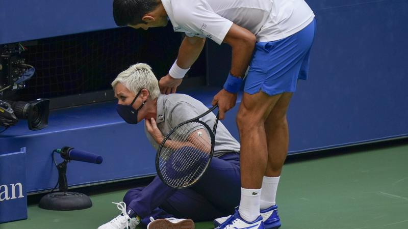 Novak Djokovic urges fans to show support for US Open line judge