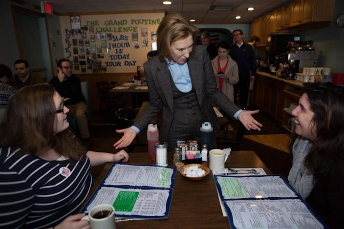 <p>Republican presidential candidate Carly Fiorina campaigns at Chez Vachon in Manchester, N.H., on Feb. 9, 2016. Candidates are in a final campaign push for votes on the day of the New Hampshire primary. <i>(Photo: Kayana Szymczak/Getty Images)</i></p>