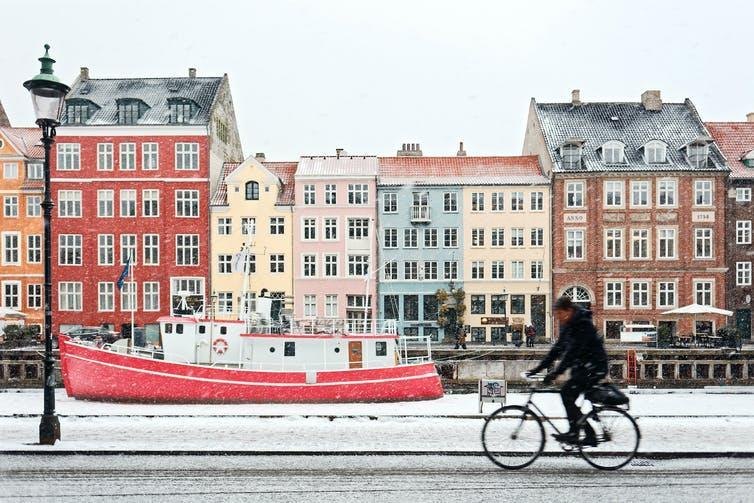 """<span class=""""caption"""">Copenhagen is one of the world's most bike-friendly cities.</span> <span class=""""attribution""""><span class=""""source"""">Max Adulyanukosol/Unsplash</span>, <a class=""""link rapid-noclick-resp"""" href=""""http://artlibre.org/licence/lal/en"""" rel=""""nofollow noopener"""" target=""""_blank"""" data-ylk=""""slk:FAL"""">FAL</a></span>"""