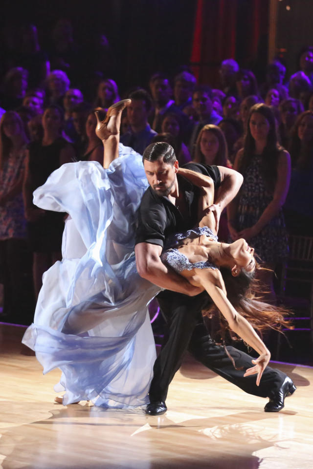 <p>Ice dancer Meryl Davis won the Mirrorball trophy during season 18. </p>