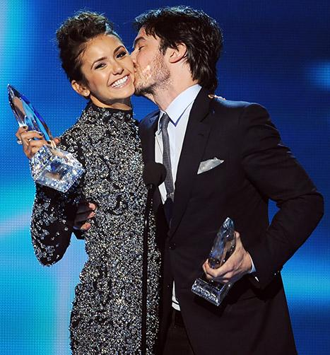 Nina Dobrev, Ian Somerhalder Joke About Breakup, Chemistry at People's Choice Awards