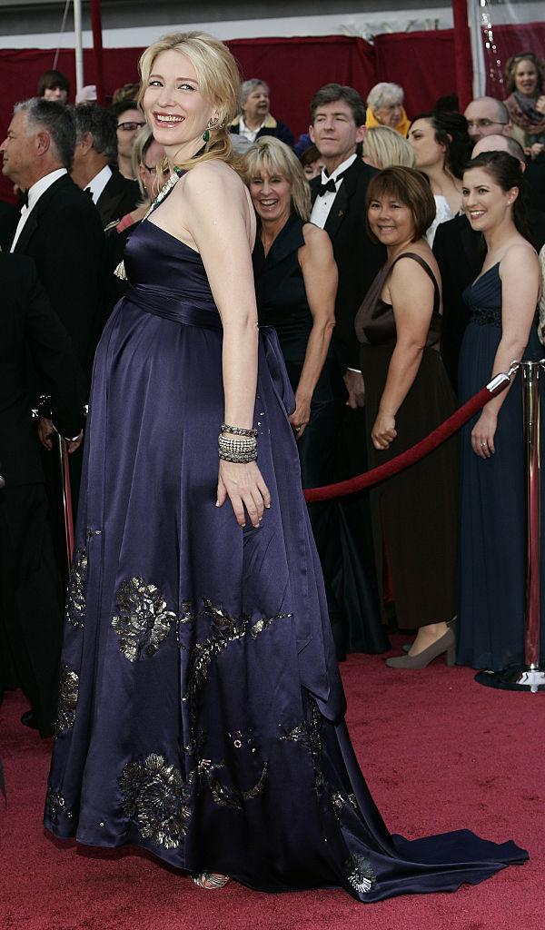 Pregnant Cate Blanchett on the red carpet