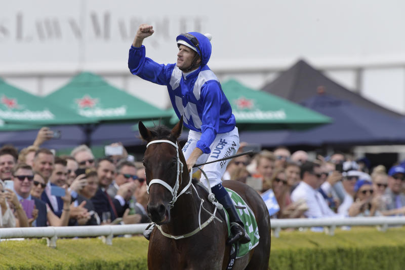 Winx chases down Happy Clapper in clinical Chipping Norton Stakes victory