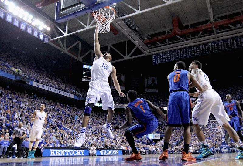 Karl-Anthony Towns of the Kentucky Wildcats shoots the ball during a game against the Florida Gators on March 7, 2015 in Lexington, Kentucky