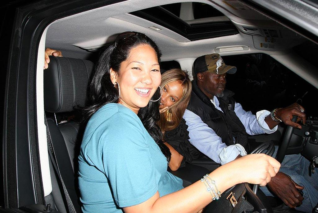"You might recognize their driver -- it's Kimora's boyfriend/baby daddy Djimon Hounsou. Hellmuth Dominguez/<a href=""http://www.pacificcoastnews.com/"" target=""new"">PacificCoastNews.com</a> - March 21, 2009"