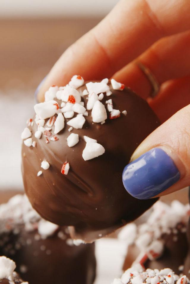 "<p>How could something so simple be so good?</p><p>Get the recipe from <a rel=""nofollow"" href=""http://www.delish.com/cooking/recipe-ideas/recipes/a57050/peppermint-oreo-truffles-recipe/"">Delish</a>.</p><p><strong><em>BUY NOW: OXO Cookie Scoop, $13.95, <a rel=""nofollow"" href=""https://www.amazon.com/OXO-Grips-Medium-Cookie-Scoop/dp/B0000CDVD2/ref=sr_1_3?tag=syndication-20&s=kitchen&ie=UTF8&qid=1512517030&sr=1-3&keywords=cookie+scoop&&ascsubtag=[artid"">amazon.com</a>.</em></strong></p>"