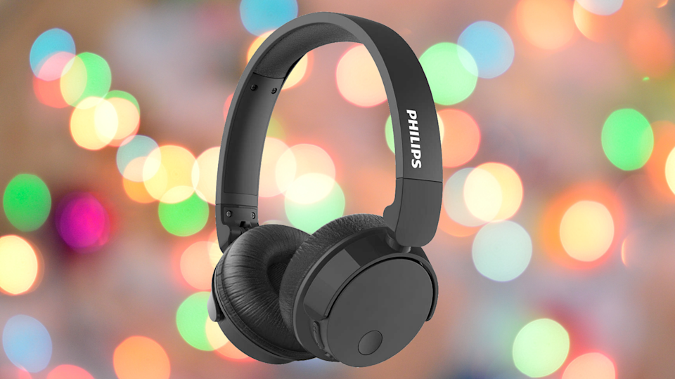 Save 80 percent on these Philips Bass+ Wireless Noise Cancelling Headphones. (Photo: Walmart)
