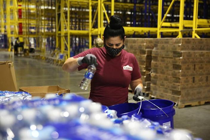 Lowe's is hiring 1,100 part-time and full-time jobs at Charlotte-area stores and more than 250 full-time positions at its Statesville distribution center.