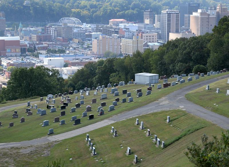 More than 880 people died of drug overdosesin West Virginia last year. The state has the worst overdose death rate in the nation. (Kenny Kemp/Charleston Gazette-Mail)