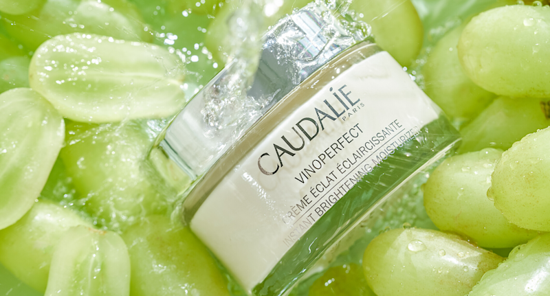 CAUDALIE Vinoperfect Brightening Moisturizer with Niacinamide