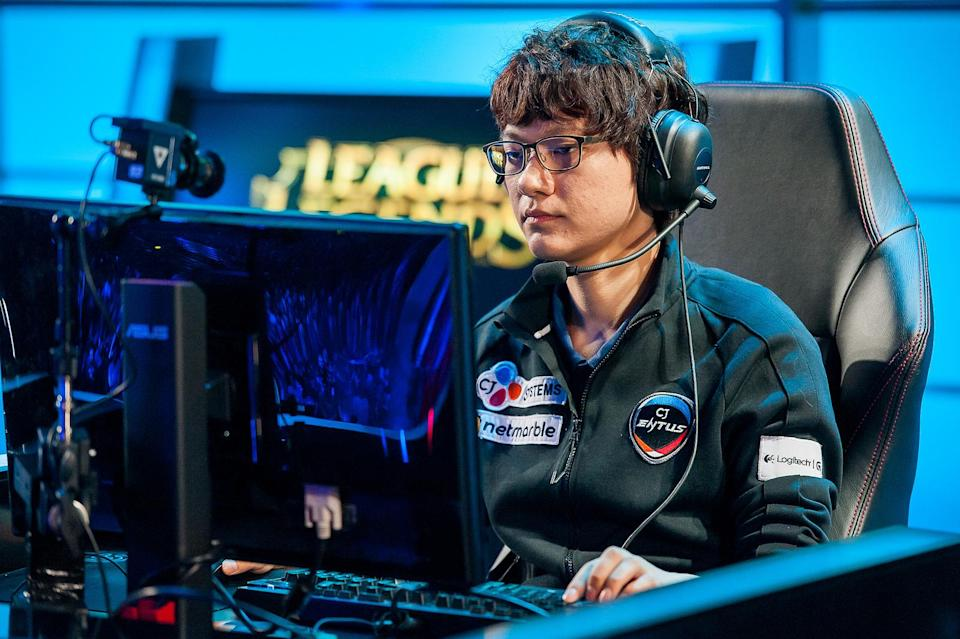MadLife taught the world that you could carry from the support position (Riot Games/Lolesports)