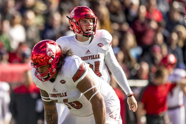 """After leaving Louisville, <a class=""""link rapid-noclick-resp"""" href=""""/ncaaf/players/227564/"""" data-ylk=""""slk:Kyle Bolin"""">Kyle Bolin</a> has been named the starting quarterback at Rutgers. (Photo by Billie Weiss/Getty Images)"""
