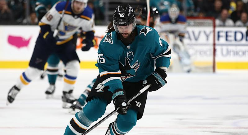 Sharks re-sign Karlsson to 8-year deal worth a reported $92M