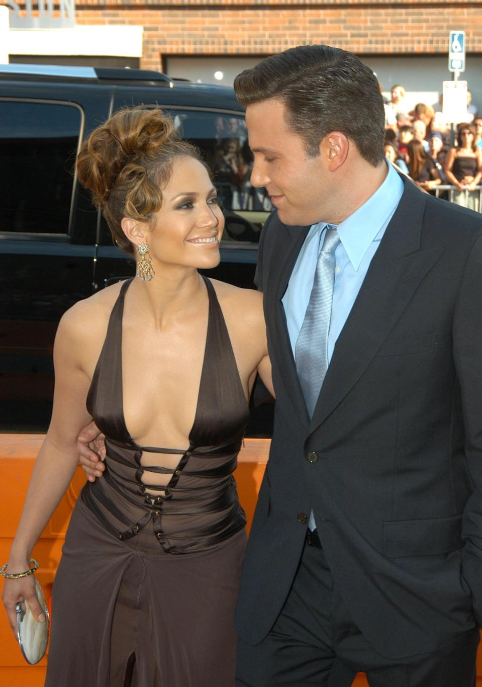 <p>The two only had eyes for each other at the LA premiere of their movie <strong>Gigli</strong> in July 2003.<br> </p>