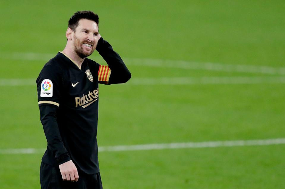 Lionel Messi and Barcelona lost at Cadiz this past weekend, which brought to bear several of their intersecting issues. (Photo by David S. Bustamante/Soccrates/Getty Images)