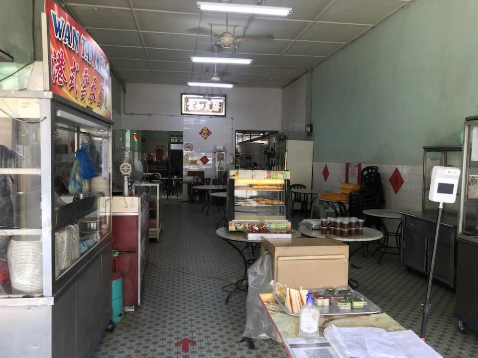 Kedai Kopi Sin Yoon Loong is deserted as it only offers takeaways at the moment.