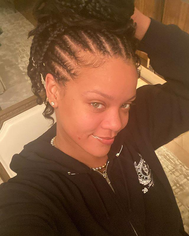 """<p>She might be a make-up mogul but even Rihanna likes to take time to give her skin a break and go make-up free. Just as well she has her own Fenty Skin product line to turn to, although we're assuming she looks fresh AF without doing a thing.</p><p><a href=""""https://www.instagram.com/p/B6_ngxfHaLH/?utm_source=ig_embed&utm_campaign=loading"""" rel=""""nofollow noopener"""" target=""""_blank"""" data-ylk=""""slk:See the original post on Instagram"""" class=""""link rapid-noclick-resp"""">See the original post on Instagram</a></p>"""