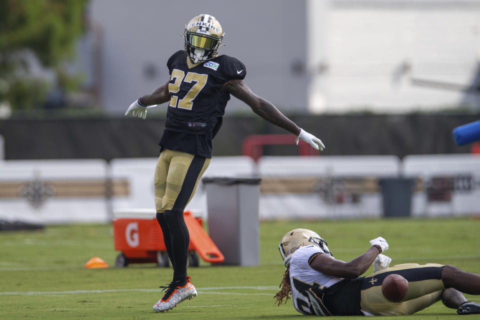 New Orleans Saints safety Malcolm Jenkins (27) celebrates after breaking up a pass in practice. (David Grunfeld/The Advocate via AP, Pool)