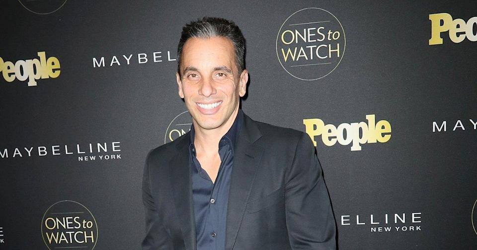 Sebastian Maniscalco Tapped to Host the 2019 MTV Video Music Awards