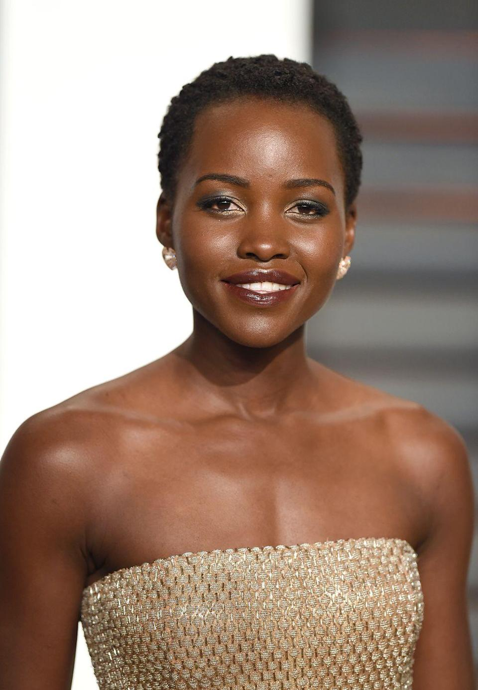 """<p>Actress <strong>Lupita Nyong'o</strong> is always switching up her natural hairstyles. This close-cropped look can be achieved by twisting your curls in groups of strands and setting the style overnight with a silk scarf. Lightly fluff the next morning and voilà. </p><p><a class=""""link rapid-noclick-resp"""" href=""""https://www.amazon.com/Lightweight-Sleeping-Turquoise-Camellia-Pattern/dp/B00ICESTJK/ref=sr_1_1_s_it?tag=syn-yahoo-20&ascsubtag=%5Bartid%7C10055.g.2471%5Bsrc%7Cyahoo-us"""" rel=""""nofollow noopener"""" target=""""_blank"""" data-ylk=""""slk:SHOP SILK SCARVES"""">SHOP SILK SCARVES</a></p>"""