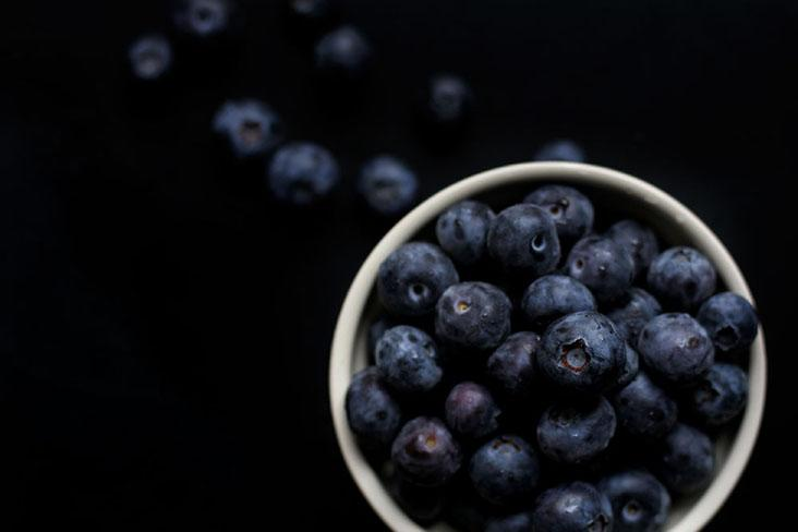 A great shortcut to making blueberry sauce: skip the sauce, and just use fresh blueberries!