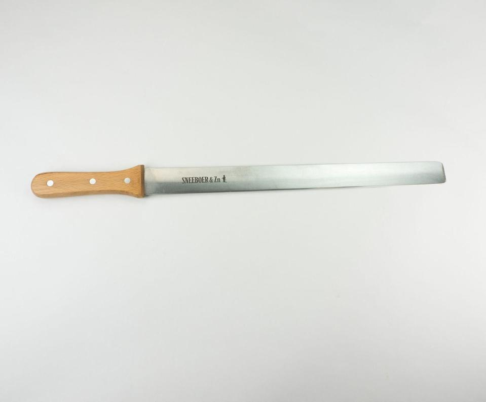 """<p>This all-sides sharpened, long and flat stainless steel container or pottery knife is flexible and comes with an attractive red beech grip. </p><p><a class=""""link rapid-noclick-resp"""" href=""""https://www.sneeboer.co.uk/pottery-container-knife.html"""" rel=""""nofollow noopener"""" target=""""_blank"""" data-ylk=""""slk:BUY NOW"""">BUY NOW</a> <strong>£65</strong></p>"""