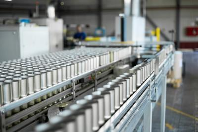 canned, can, drinks, food, liquid, convey, row, beverage, line, assembly, er, alcohol, conveyor, equipment, energy, beer, packaging, manufacturing, aluminum, production,