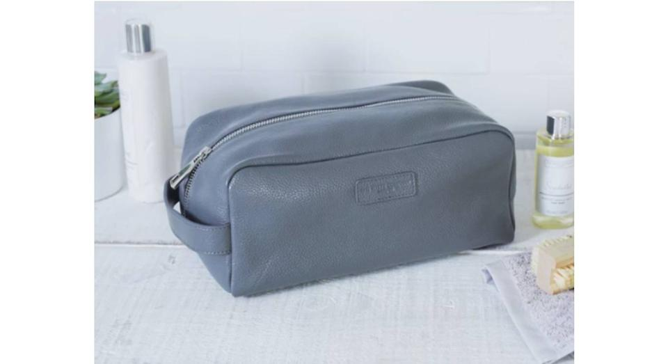 Men's Leather Wash Bag (The White Company)