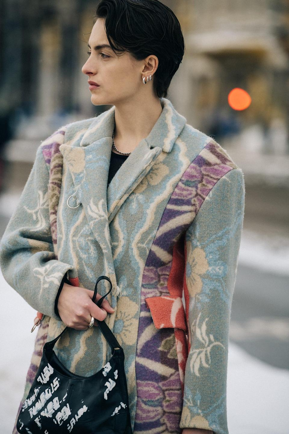 <p>Wear a whimsical pastel pattern with a graphic-print graffiti bag and revel in the edgy juxtaposition of the look.</p>