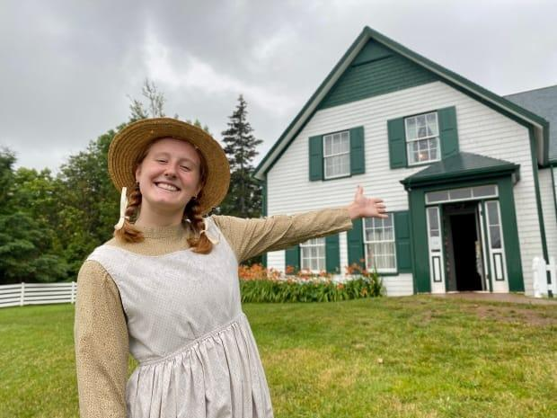 Costumed interpreter Allyson Ford welcomes visitors to Green Gables Heritage Place as Anne Shirley. (Jane Robertson/CBC - image credit)