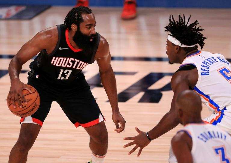 Harden block clinches series for Rockets, sets Lakers clash