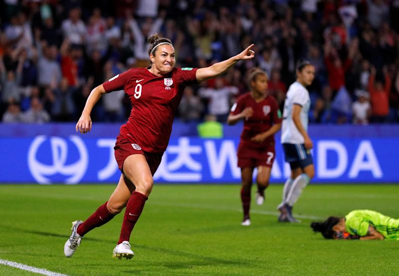 England's Jodie Taylor celebrates scoring their first goal at the 2019 Women's World Cup as Argentina's Vanina Correa looks dejected REUTERS/Phil Noble