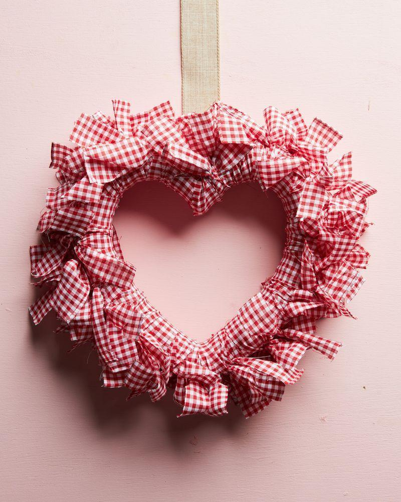 """<p>Hang this cheerful gingham-wrapped wreath on the front door or over a headboard. </p><p><a class=""""link rapid-noclick-resp"""" href=""""https://www.amazon.com/Richland-Textiles-Width-Gingham-Fabric/dp/B01D237W8O/ref=sr_1_2?tag=syn-yahoo-20&ascsubtag=%5Bartid%7C10050.g.35057743%5Bsrc%7Cyahoo-us"""" rel=""""nofollow noopener"""" target=""""_blank"""" data-ylk=""""slk:SHOP GINGHAM FABRIC"""">SHOP GINGHAM FABRIC</a><br> </p>"""